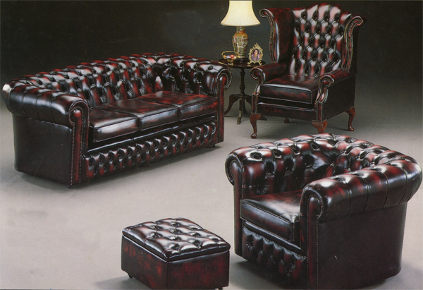 Click to see larger picture of Large curved Chesterfield